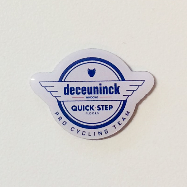 DECEUNINCK QUICK-STEP ピンバッジ